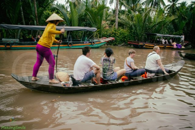 Rowing boat in Ben Tre