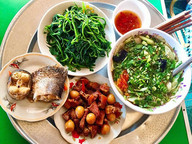 A meal in the South Vietnam