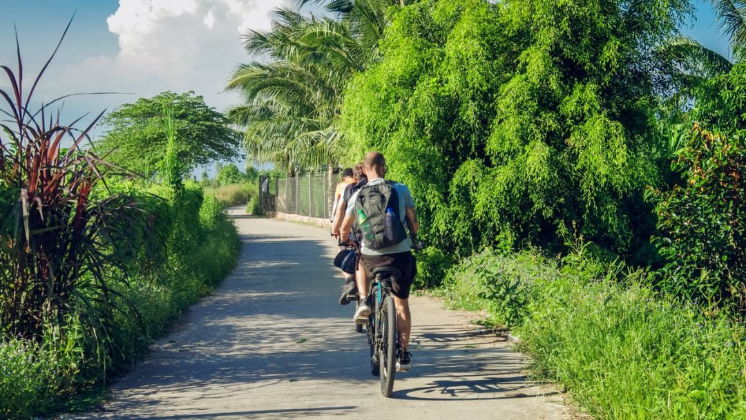 Mekong cycling tour
