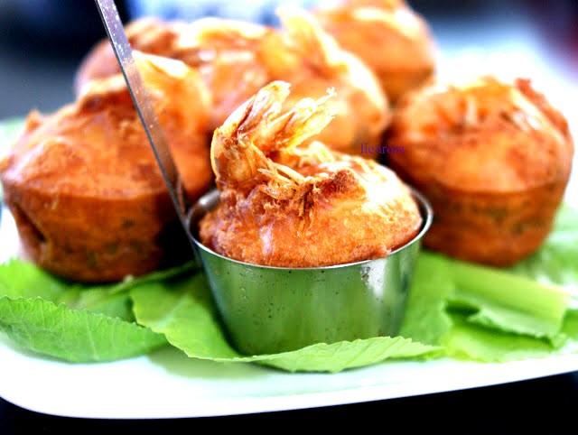 Banh Cong - Vietnamese shrimp cupcake