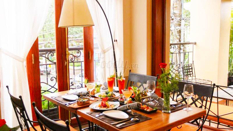 The Light House Cafe Restaurant