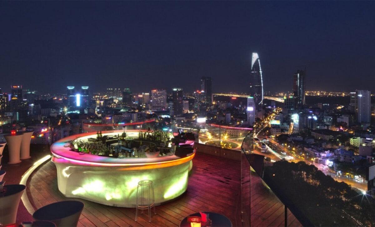 Rex rooftop bar in Sai Gon