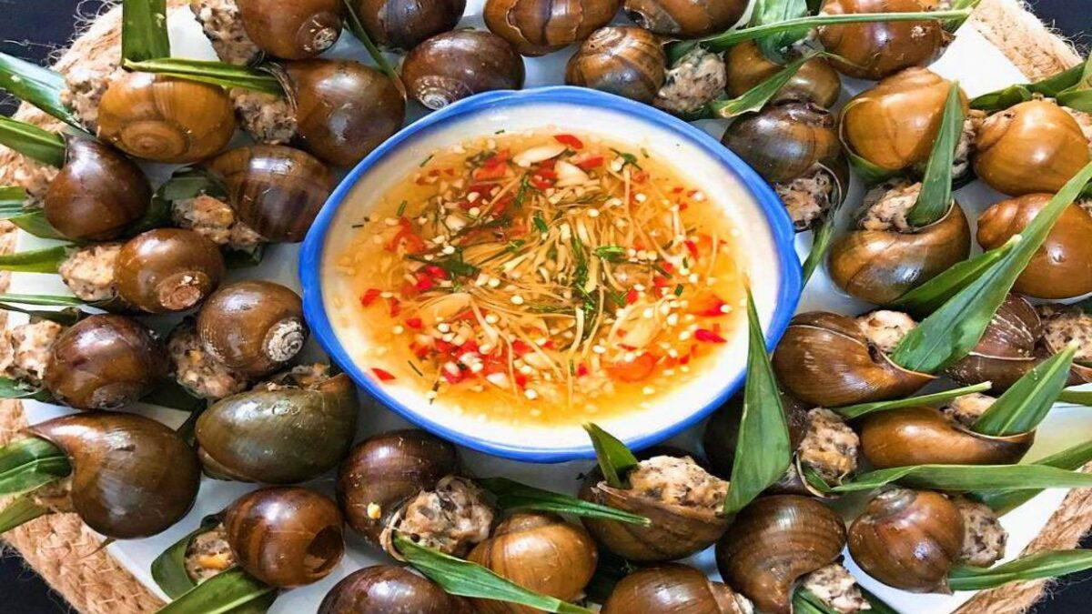 Snails steamed with gingers