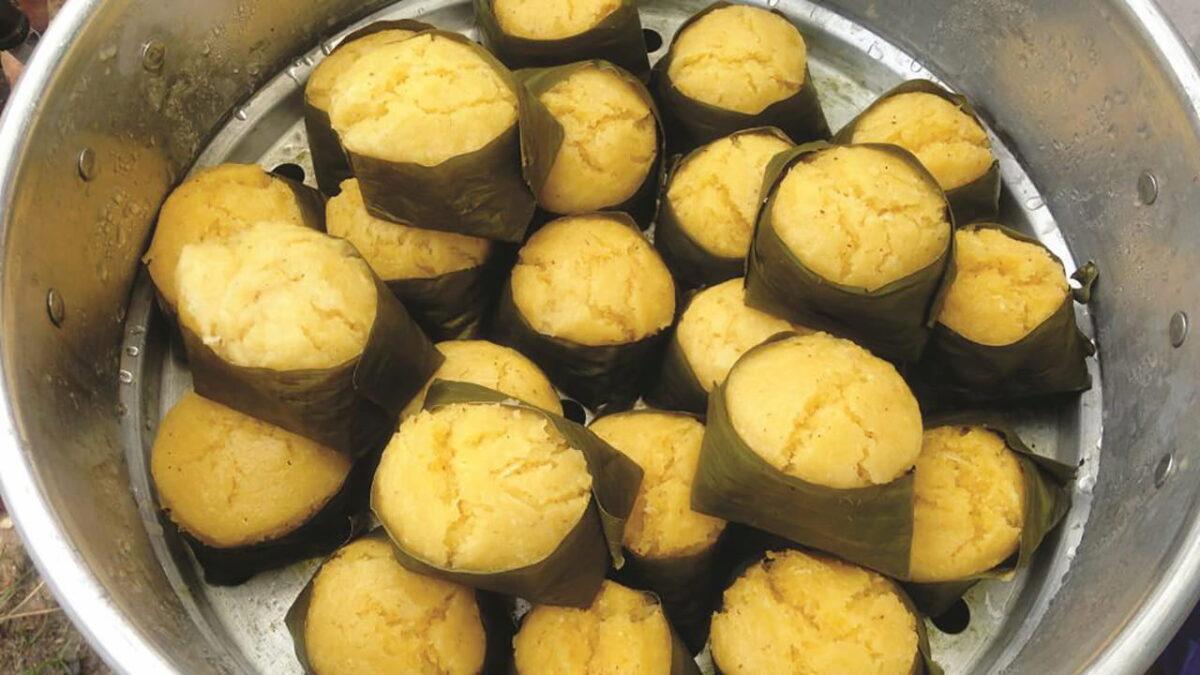 Steamed palm sugar rice cake