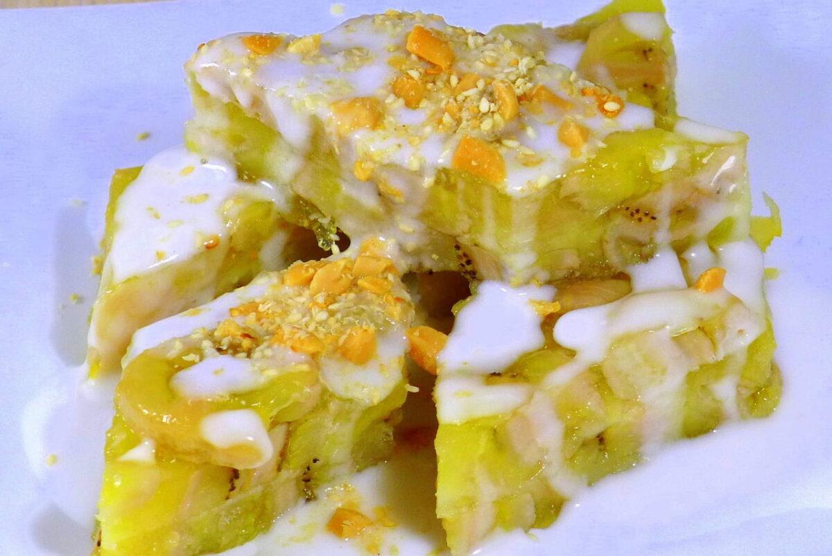 Steamed banana cake in Di Nam restaurant