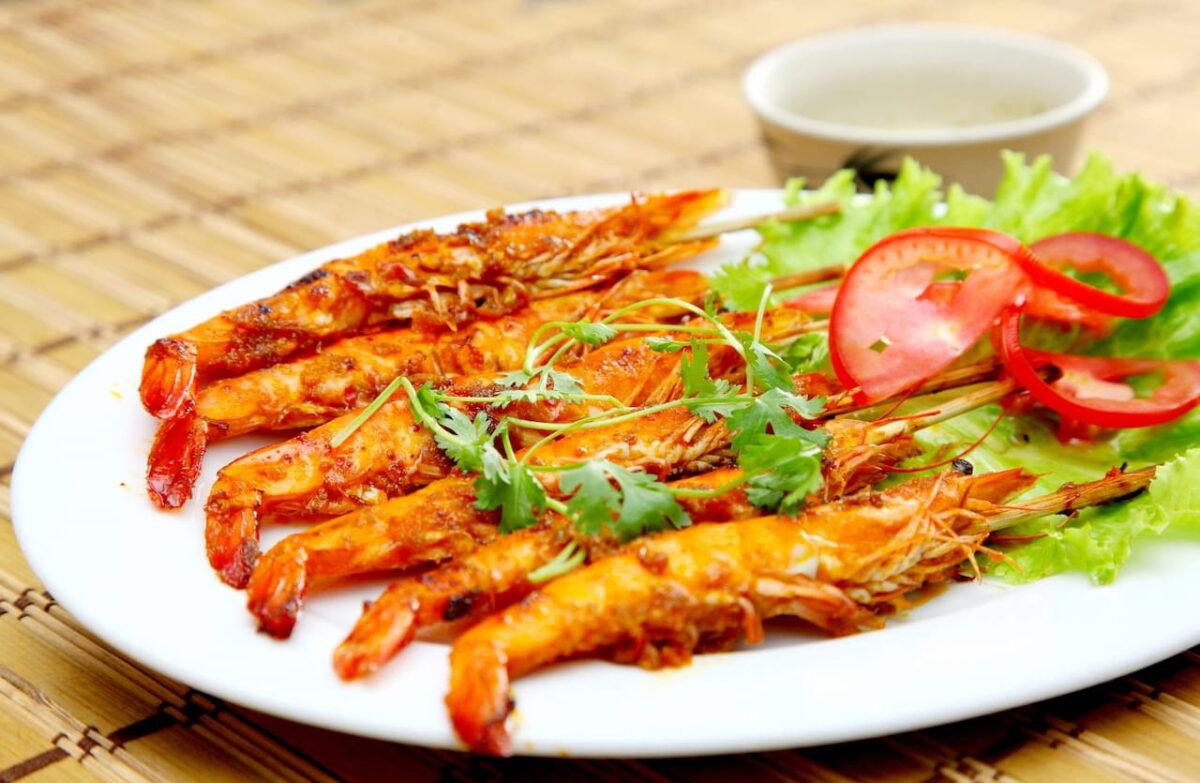 Grilled shrimp in Rang Dong restaurant