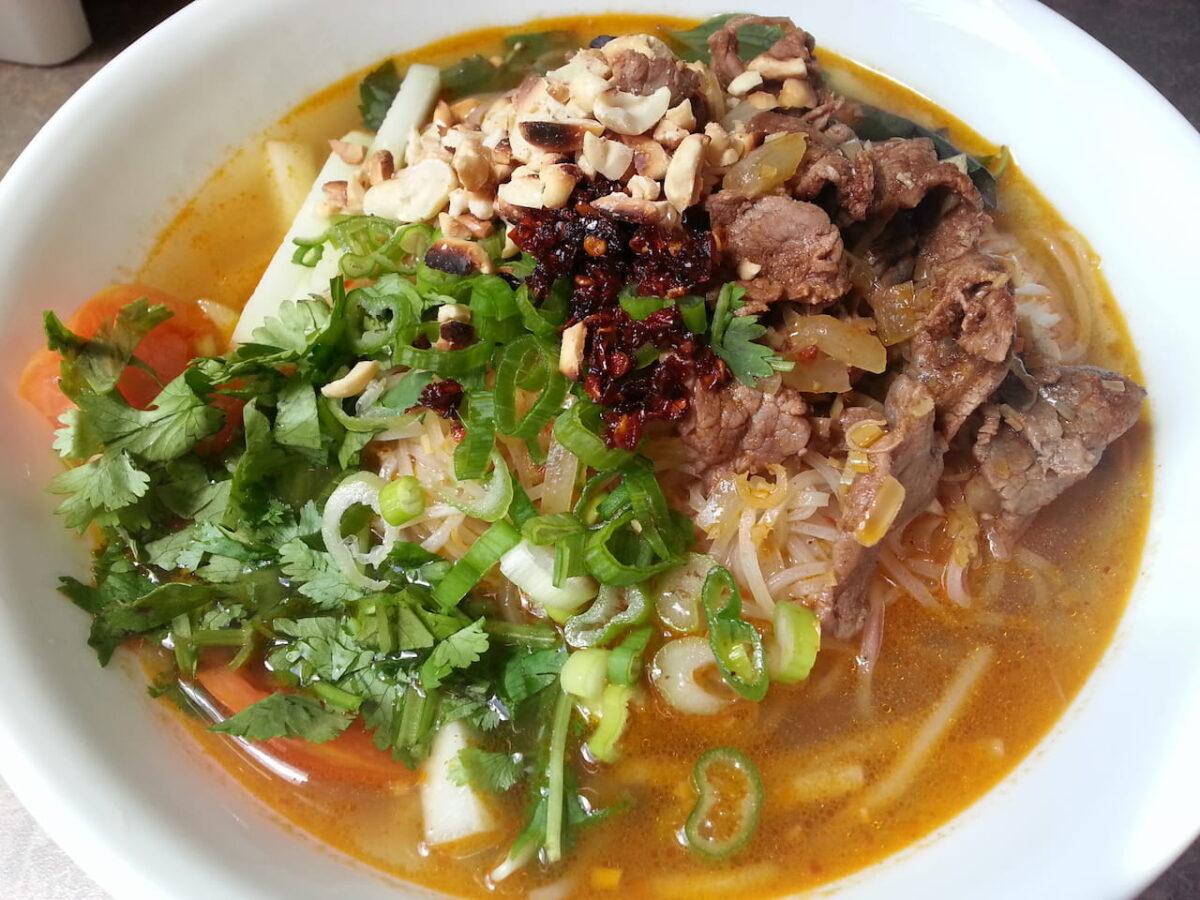 Rice noodle soup in Hu tieu sa te Chin Hoang restaurant