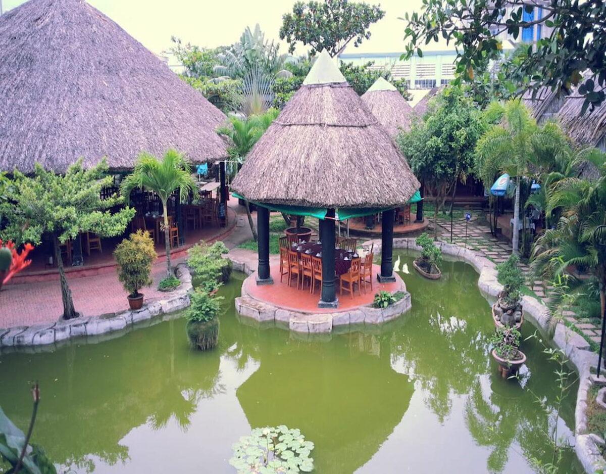 Garden space in Loc Pho restaurant in Tien Giang