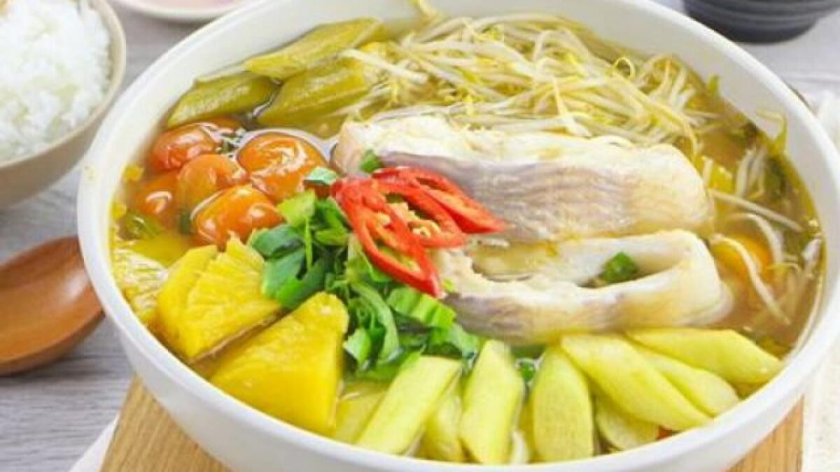Where to eat in Ben Tre - Sour soup in Nam Son restaurant
